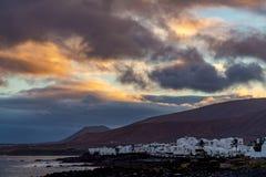 Λευκοί Οίκοι Arrieta, μικρό Lanzarote του του χωριού Βορρά νησί, s Στοκ φωτογραφία με δικαίωμα ελεύθερης χρήσης