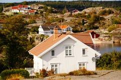 Λευκός Οίκος κοντά στο φιορδ Kragero, Portor Στοκ εικόνες με δικαίωμα ελεύθερης χρήσης