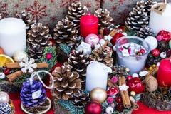 λευκό απομόνωσης δώρων Χριστουγέννων στοκ εικόνα με δικαίωμα ελεύθερης χρήσης