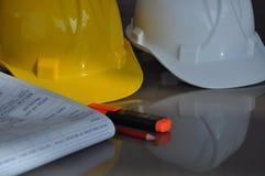 Λευκό ασφάλειας εργασίας κρανών ασφάλειας στοκ εικόνα