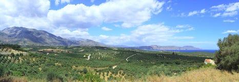 λευκό βουνών apokoronas στοκ εικόνα