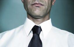 λευκό δεσμών πουκάμισων Στοκ εικόνα με δικαίωμα ελεύθερης χρήσης