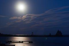 λευκό θάλασσας νύχτας Στοκ Εικόνες