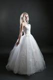 λευκό κοριτσιών φορεμάτ&omega Στοκ εικόνες με δικαίωμα ελεύθερης χρήσης