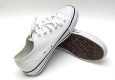 λευκό πάνινων παπουτσιών Στοκ εικόνα με δικαίωμα ελεύθερης χρήσης