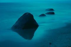 λευκό πετρών νύχτας Στοκ Φωτογραφίες