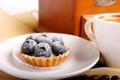 λευκό πιάτων μπισκότων Στοκ φωτογραφίες με δικαίωμα ελεύθερης χρήσης