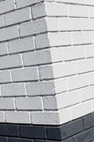 λευκό τοίχων γωνιών τούβλ&omi Στοκ εικόνα με δικαίωμα ελεύθερης χρήσης