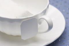 λευκό τσαγιού φλυτζανιώ& Στοκ φωτογραφίες με δικαίωμα ελεύθερης χρήσης