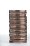 λευκό qurters σωρών νομισμάτων λ&o Στοκ εικόνα με δικαίωμα ελεύθερης χρήσης