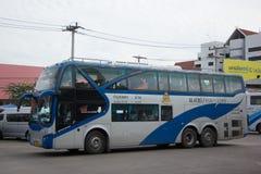 Λεωφορείο της διπλής διαδρομής Μπανγκόκ α γεφυρών κυβερνητικής επιχείρησης μεταφορών Στοκ εικόνες με δικαίωμα ελεύθερης χρήσης