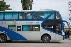 Λεωφορείο της διπλής διαδρομής Μπανγκόκ α γεφυρών κυβερνητικής επιχείρησης μεταφορών Στοκ φωτογραφίες με δικαίωμα ελεύθερης χρήσης