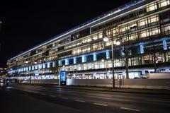 Λεωφόρος αγορών μπικινιών κοντά σε Breitscheidplatz στο Βερολίνο στοκ φωτογραφία