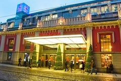 Λεωφόρος αγορών πριν από τα Χριστούγεννα Στοκ εικόνες με δικαίωμα ελεύθερης χρήσης