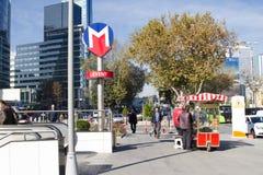 Λεωφόρος αγορών στη Ιστανμπούλ Στοκ Φωτογραφίες