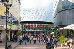 Λεωφόρος αγορών στο Έσσεν, Γερμανία Στοκ Φωτογραφία