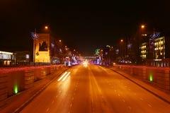 Λεωφόρος του Γκρόζνυ Kadirov τη νύχτα Στοκ φωτογραφία με δικαίωμα ελεύθερης χρήσης