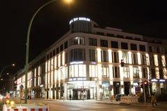 Λεωφόρος του εξωτερικού του Βερολίνου τη νύχτα Στοκ φωτογραφίες με δικαίωμα ελεύθερης χρήσης
