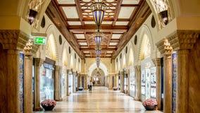Λεωφόρος του Ντουμπάι στα Ε.Α.Ε. Αυτό είναι η μεγαλύτερη λεωφόρος στο Ντουμπάι Στοκ Φωτογραφία