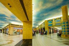 Λεωφόρος Battuta Ibn, Ντουμπάι, Ε.Α.Ε. Στοκ φωτογραφίες με δικαίωμα ελεύθερης χρήσης