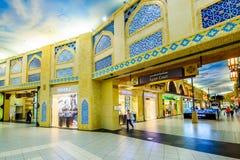 Λεωφόρος Battuta Ibn, Ντουμπάι, Ε.Α.Ε. Στοκ Φωτογραφία