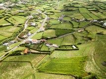 Λιβάδια και αγροκτήματα στοκ φωτογραφία με δικαίωμα ελεύθερης χρήσης