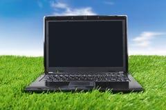 λιβάδι lap-top υπολογιστών Στοκ Εικόνα