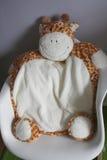 Λικνίζοντας έδρα με Giraffe το μαξιλάρι Στοκ Εικόνες