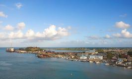 Λιμάνι και προκυμαία Αγίου John ` s - Αντίγκουα και Μπαρμπούντα Στοκ Φωτογραφίες