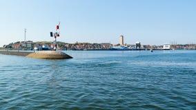 Λιμάνι και φάρος Brandaris σε Terschelling, Κάτω Χώρες Στοκ Εικόνες