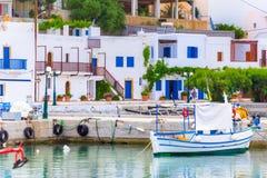 Λιμάνι στο χωριό Makri Gialos στη νότια Κρήτη, Ελλάδα στοκ εικόνα