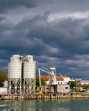 λιμάνι σύννεφων βιομηχανι&kappa Στοκ Φωτογραφία