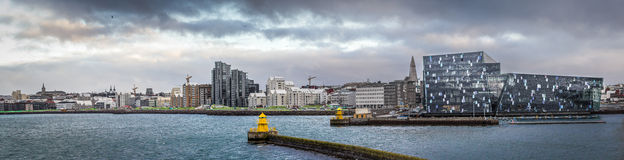 Λιμάνι της Ισλανδίας με harpan Στοκ φωτογραφίες με δικαίωμα ελεύθερης χρήσης