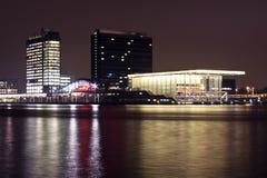 Λιμάνι του Άμστερνταμ τή νύχτα στις Κάτω Χώρες Στοκ Εικόνα