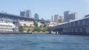 Λιμάνι του Σίδνεϊ, οι βράχοι, μια εικονική περιοχή και η ιστορική περιοχή της παλαιάς πόλης του Σίδνεϊ, NSW, Αυστραλία στοκ φωτογραφίες με δικαίωμα ελεύθερης χρήσης