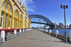 Λιμάνι του Σίδνεϊ με τον ορίζοντα πόλεων, Αυστραλία Στοκ φωτογραφία με δικαίωμα ελεύθερης χρήσης