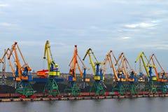 Λιμάνι φορτίου Στοκ φωτογραφίες με δικαίωμα ελεύθερης χρήσης