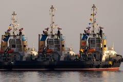 λιμένας έτοιμος tugboats στην εργασία Στοκ Εικόνα