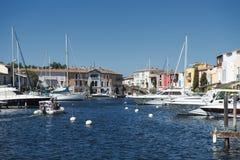 Λιμένας και λιμάνι σε Άγιος-Tropez Grimaud στο γαλλικό Riviera Στοκ Φωτογραφίες