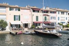Λιμένας και λιμάνι σε Άγιος-Tropez Grimaud στο γαλλικό Riviera Στοκ φωτογραφία με δικαίωμα ελεύθερης χρήσης