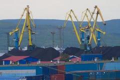 Λιμένας στο βόρειο φιορδ Τερματικό άνθρακα Στοκ Εικόνα