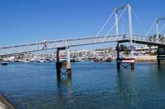 Λιμένας στο νότο της Πορτογαλίας - λήψη πιασιμάτων της θέας άποψης έξω, χωρίς χαρακτήρα και της ημέρας Στοκ φωτογραφία με δικαίωμα ελεύθερης χρήσης