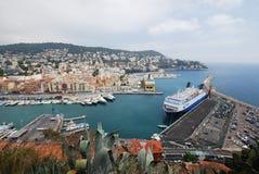 Λιμένας της Νίκαιας, Promenade des Anglais, θάλασσα, ουρανός, πόλη, λιμάνι Στοκ φωτογραφία με δικαίωμα ελεύθερης χρήσης