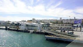 Λιμένας του περίκλειστου εδάφους της Ceuta Βόρεια Αφρική με τις κυματίζοντας σημαίες απόθεμα βίντεο