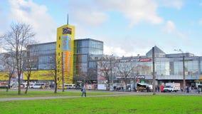 Λιμένας Nakhodka εμπορικών κέντρων στην Αγία Πετρούπολη απόθεμα βίντεο