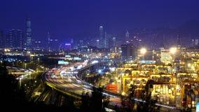 Λιμένας Timelapse εμπορευματοκιβωτίων τη νύχτα. Χονγκ Κονγκ. Παν πυροβολισμός απόθεμα βίντεο
