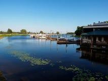 Λιμενικές βάρκες, αντανάκλαση, ομαλή επιφάνεια Στοκ φωτογραφία με δικαίωμα ελεύθερης χρήσης