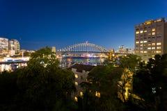 Λιμενικές γέφυρα και Όπερα του Σύδνεϋ Στοκ φωτογραφία με δικαίωμα ελεύθερης χρήσης