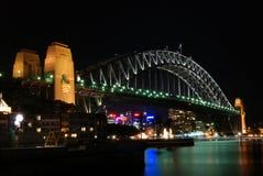 λιμενική νύχτα Σύδνεϋ γεφυρών Στοκ εικόνα με δικαίωμα ελεύθερης χρήσης