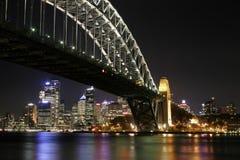 λιμενική νύχτα Σύδνεϋ γεφυ& Στοκ εικόνες με δικαίωμα ελεύθερης χρήσης